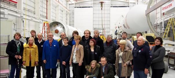 Pirmųjų Lietuvos palydoų kūrėjai NASA